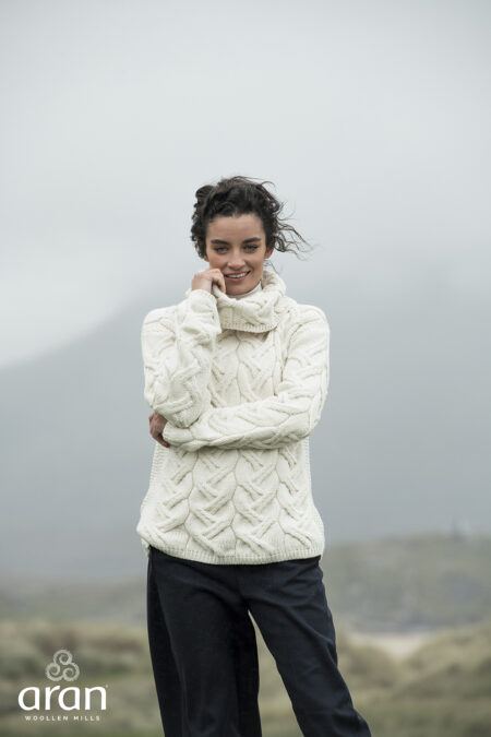 Super Soft Merino Cable Sweater - Natural